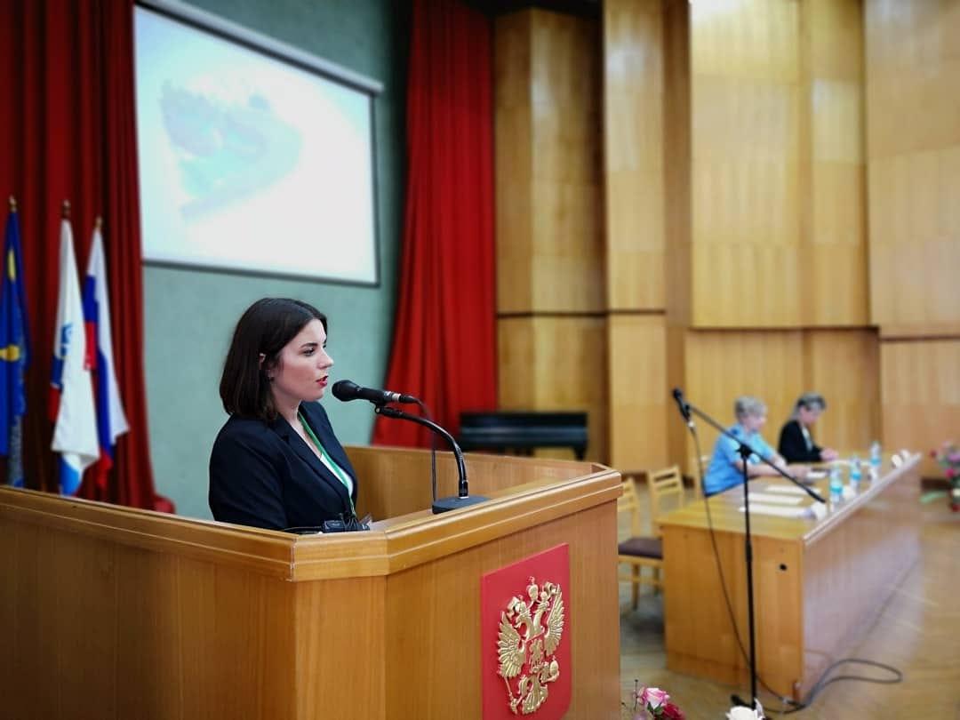Лора Строганова