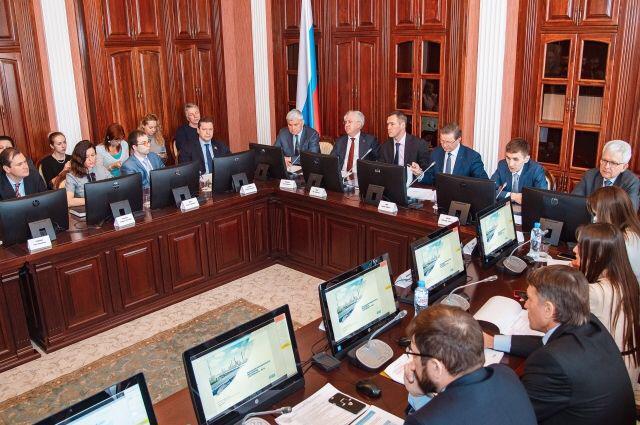 Рашид Исмаилов на совещании по обсуждению хода реализации Федерального проекта «Чистый воздух» в Омске