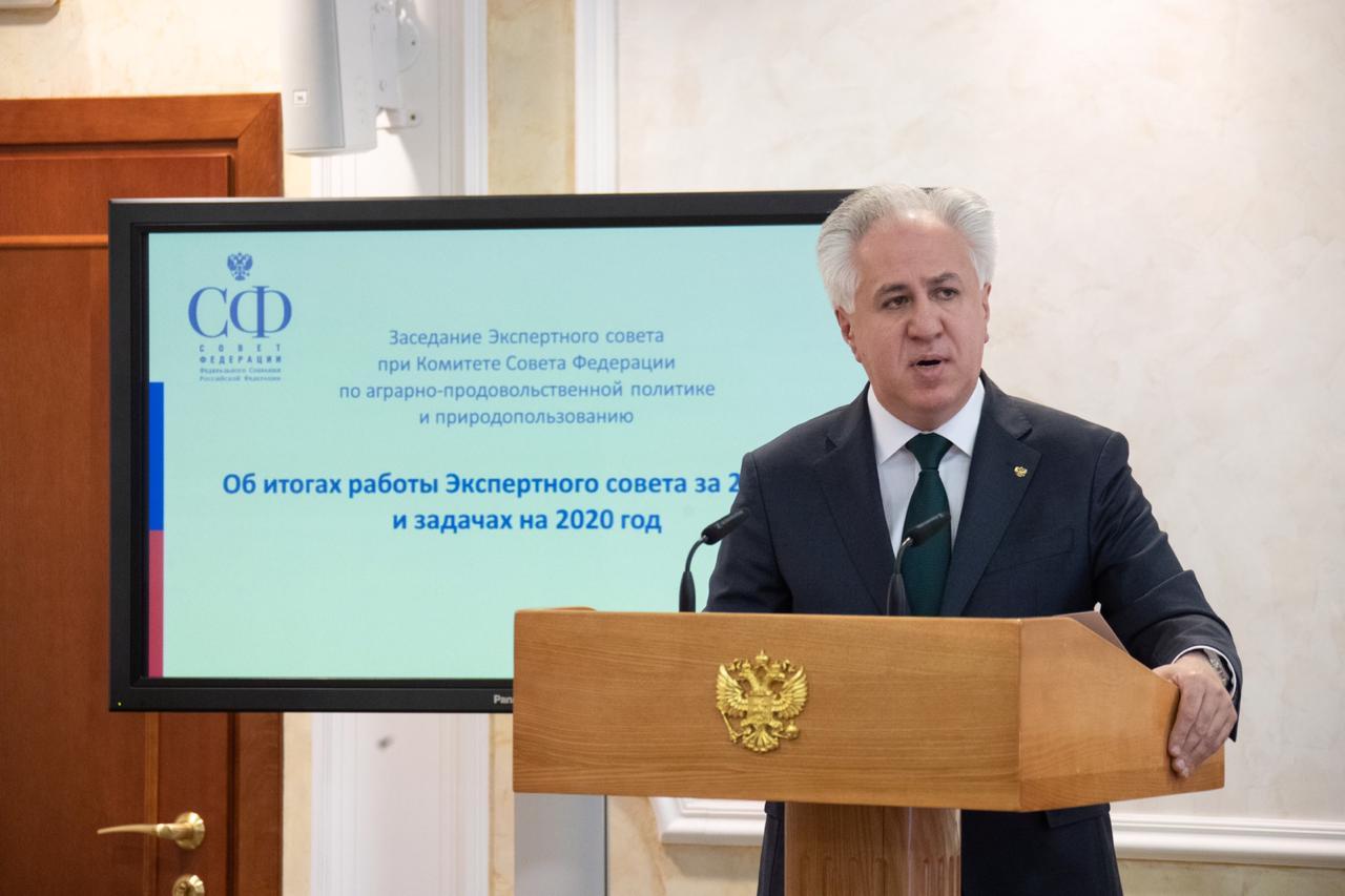 Ращид Исмаилов в Совете Федерации