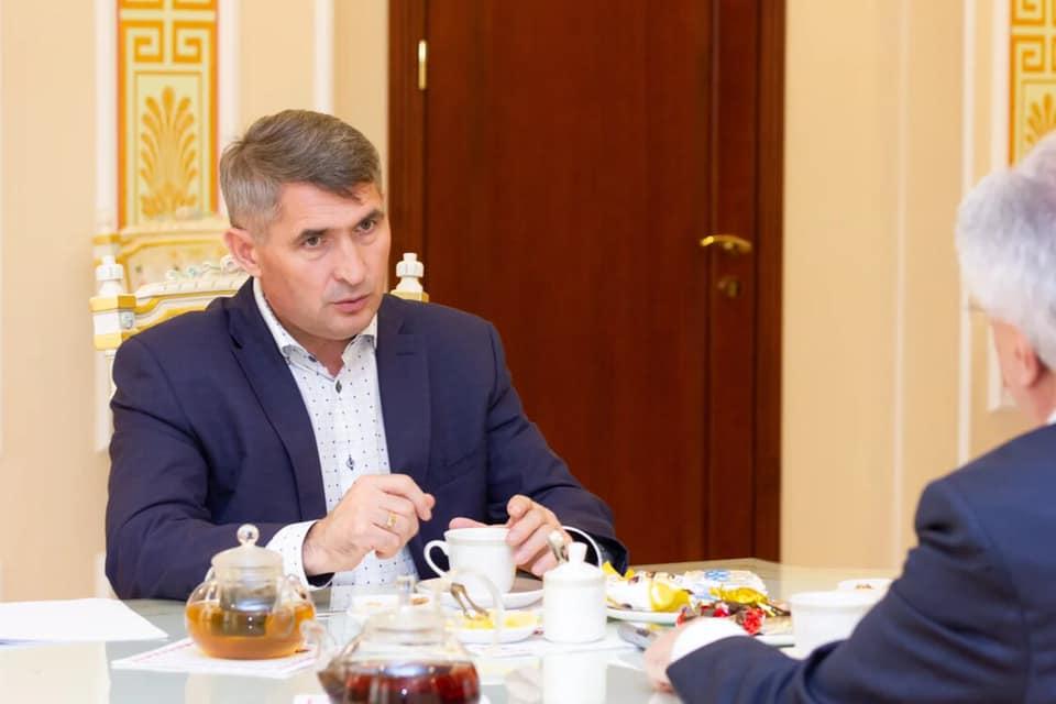 Олег Николаев дал интервью Рашиду Исмиалову
