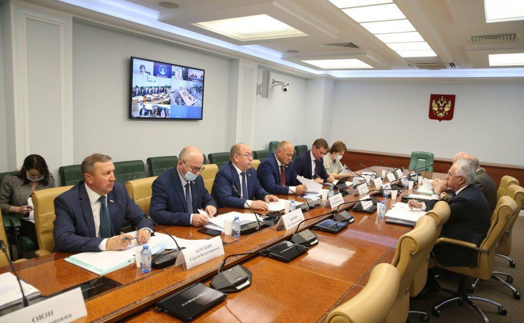 В Совете Федерации обсудили проблемы формирования в России системы мониторинга состояния окружающей среды