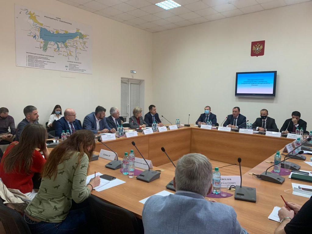 Круглый стол «Межрегиональное взаимодействие в вопросах сохранения водных ресурсов Юга России»