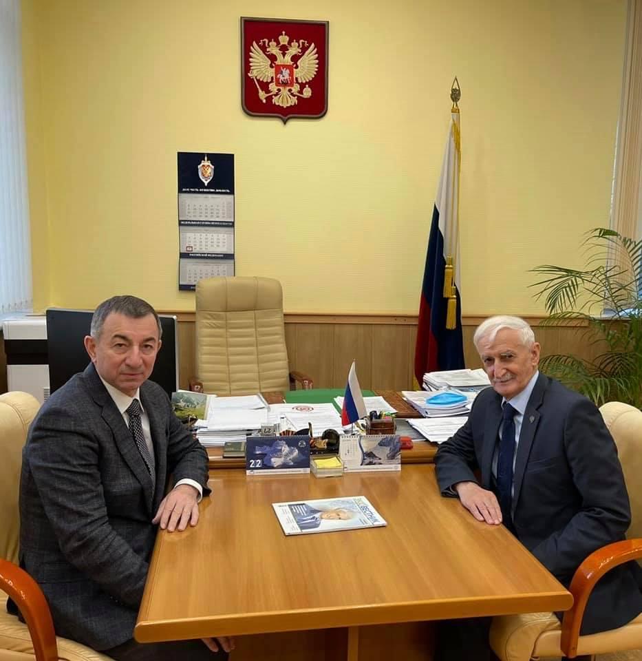 Главред «Эковестника» провел встречу с заместителем руководителя Росприроднадзора Амирханом Амирхановым