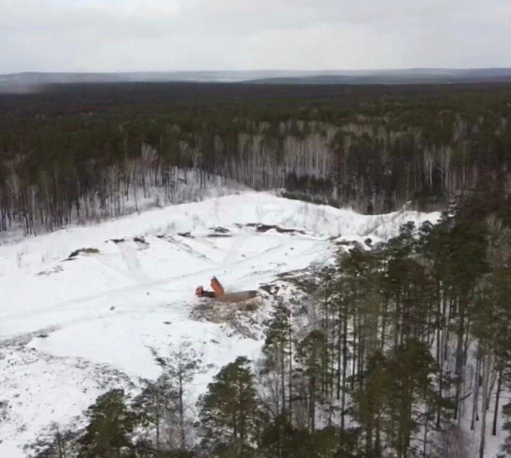 Экологи обнаружили незаконную свалку на закрытом полигоне под Сысертью