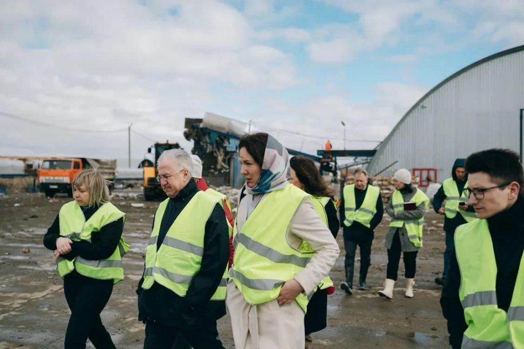 Члены Координационного совета проинспектировали работу Полетаевского мусоросортировочного комплекса