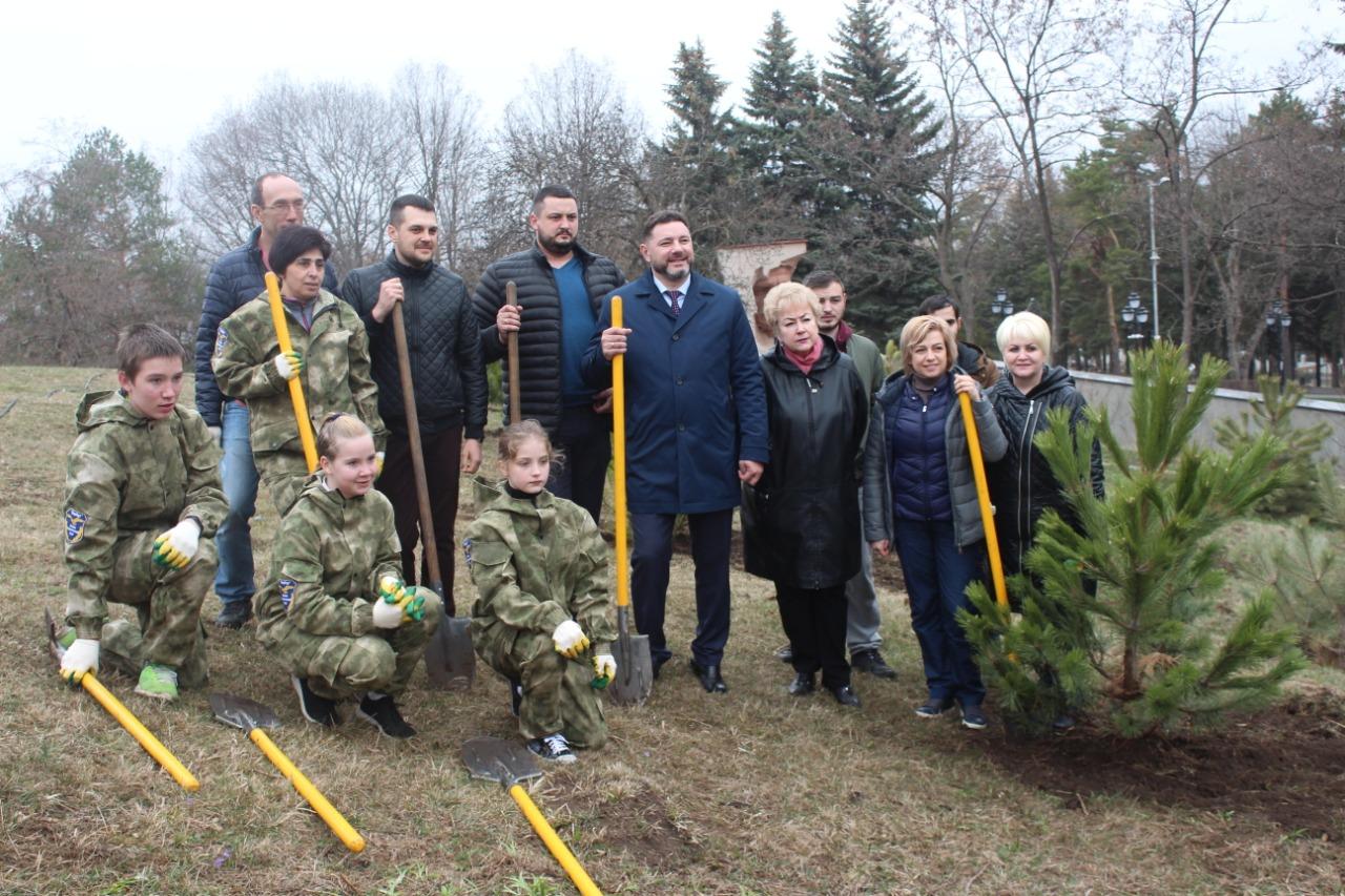 Ставропольское отделение Российского экологического общества приняло участие в акции Сад Памяти