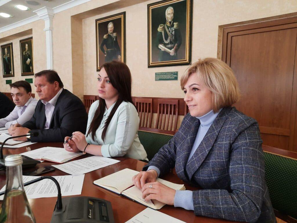 круглый стол с участием специалистов-экологов из городов Кавказских Минеральных Вод