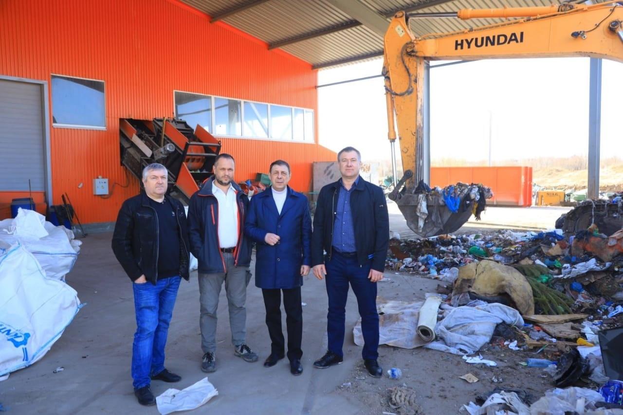 Александр Половцев, председатель Самарского отделения Российского экологического общества проверил реализацию национального проекта «Экология» на местном мусоросортировочном комплексе