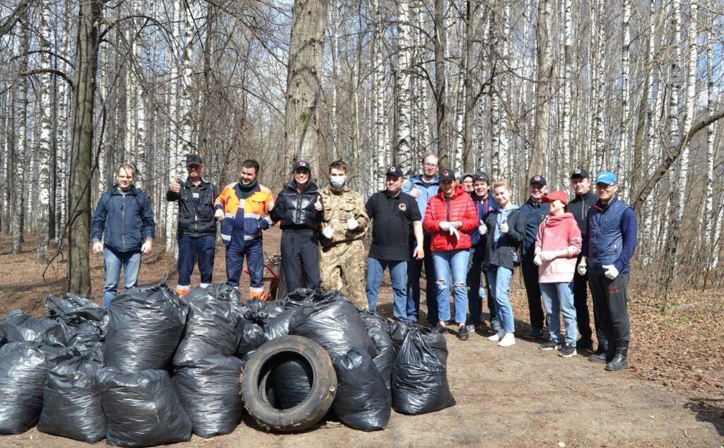Кировское отделение Российского экологического общества приняло участие в субботнике