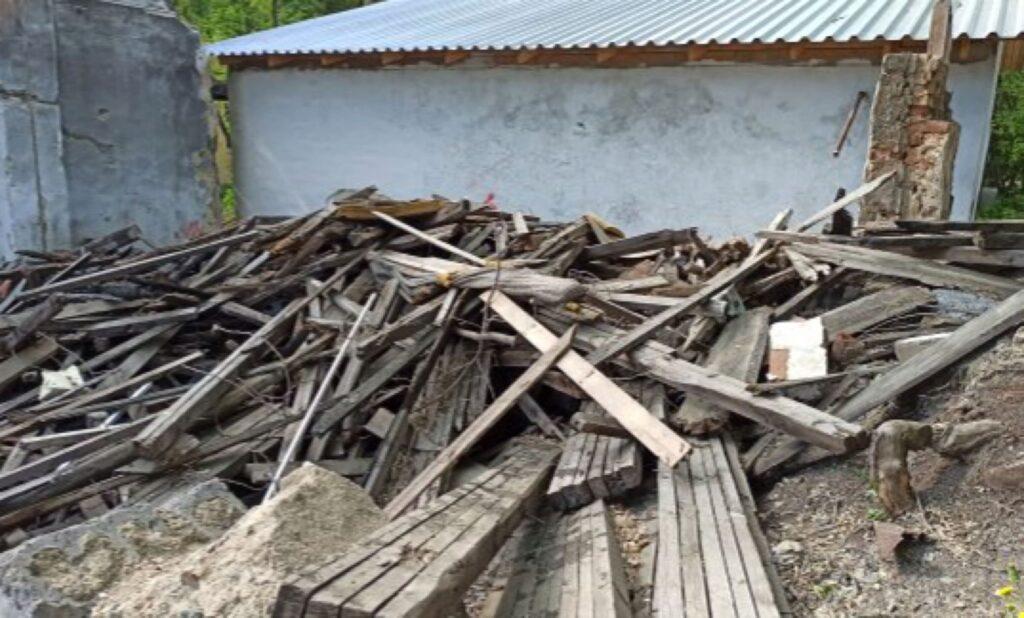 Свердловское отделение Российского экологического общества помогло ликвидировать свалку в микрорайоне Химмаш Екатеринбурга