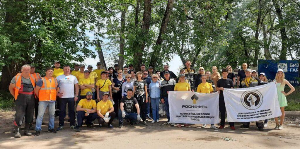 В Самарской области прошла акция по очистке охранной зоны реки Волга