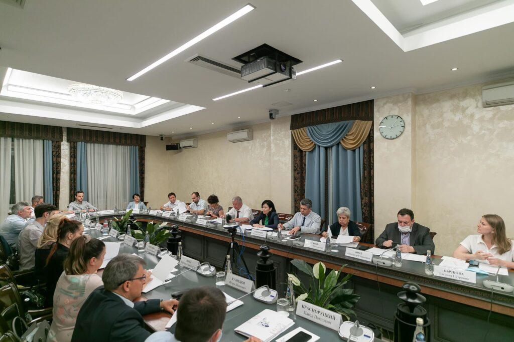 Российское экологическое общество подписало соглашение с Общественной палатой РФ о сотрудничестве по наблюдению на выборах
