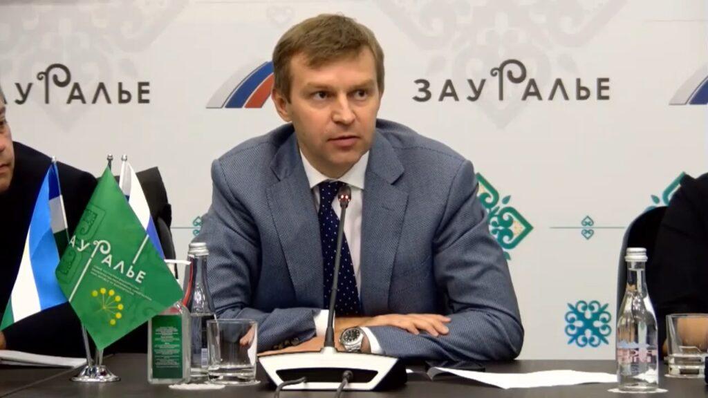 Артем Киреев выступил за возврат части средств за НВОС в муниципалитеты на природоохранные мероприятия