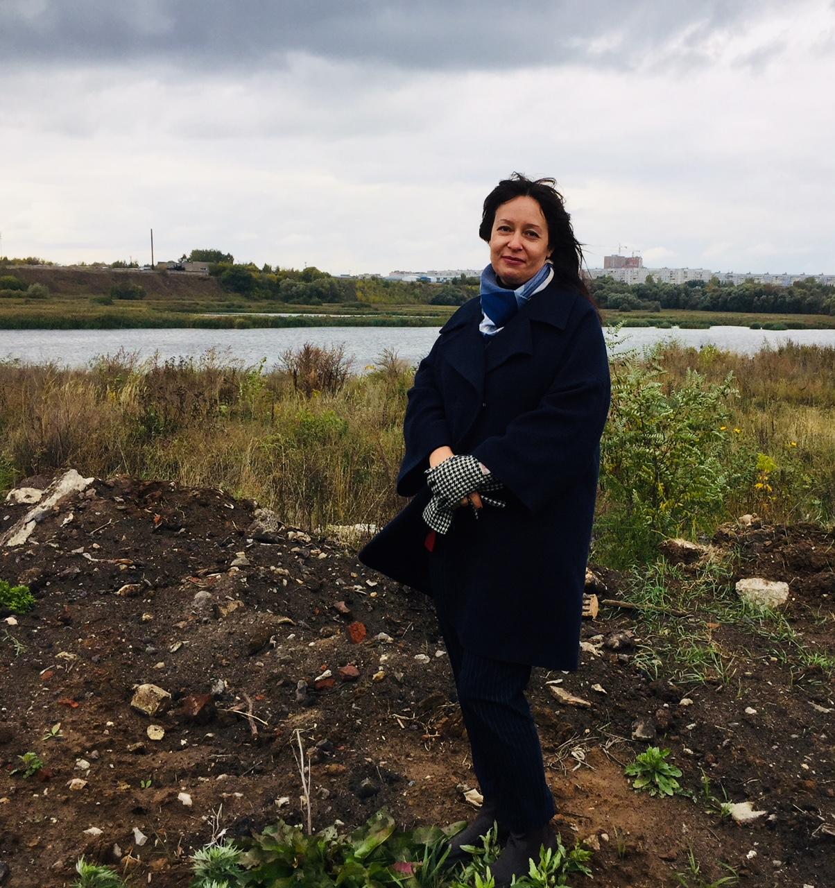 Озеро Дикая утка продолжает зарастать отходами