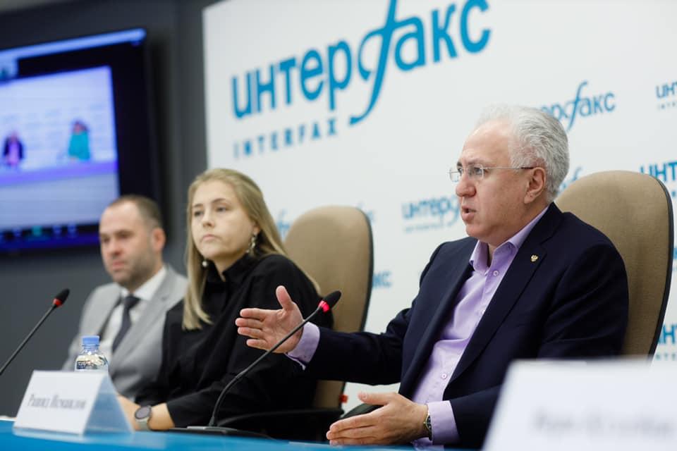 Рашид Исмаилов: необходимо ориентировать детей на реализацию экопроектов интеллектуального характера