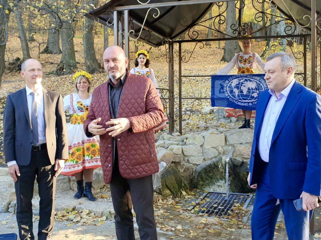 Российское экологическое общество совместно с Минприроды и Сбербанком продолжают обустройство саратовских родников